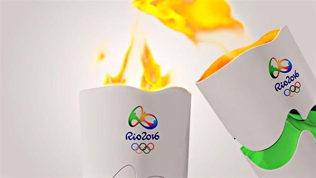 la flamme olympique est allum e crosif. Black Bedroom Furniture Sets. Home Design Ideas